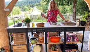Letnia impreza z kuchnią na świeżym powietrzu. Co zrobić, by było smacznie?