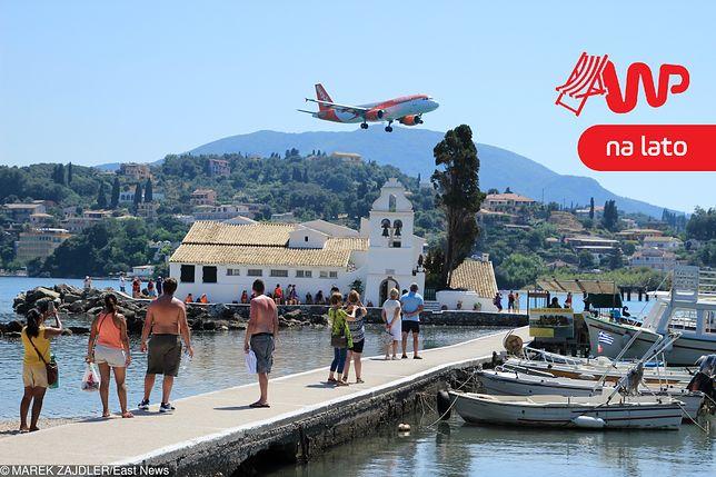 Tydzień w Grecji kosztuje mniej niż 4000 zł.