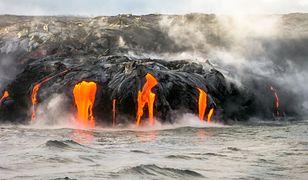 Kilauea to jeden z najbardziej aktywnych wulkanów na świecie, którego erupcje występują stale od 1983 roku