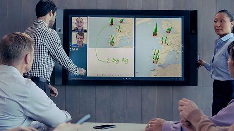 Ogromny Surface Hub w końcu trafia do pierwszych klientów