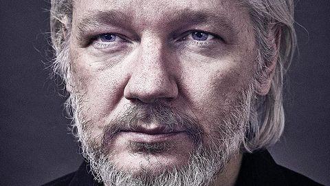 """Wikipedia grubą kreską odcina się od Wikileaks. Ile zostało z """"wolnej encyklopedii""""?"""