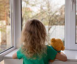 Wróciła w innym ubraniu. 3-latka opowiedziała, co się stało w żłobku