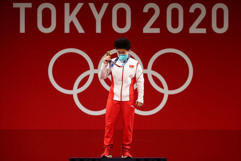 Chińska dyplomacja wściekła. Zdjęcie złotej medalistki wywołało skandal w Tokio