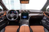 Nowy Mercedes-Benz Klasy C: Jak dorosnę będę S-ką! - Wielki ekran centralny i równie imponujący przed kierowcą. Oto nowa Klasa C