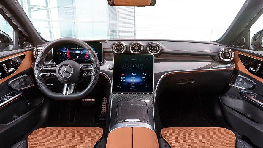 Wielki ekran centralny i równie imponujący przed kierowcą. Oto nowa Klasa C
