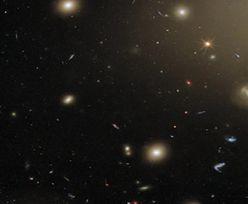 1,4 mld lat świetlnych od Ziemi. Zdjęcie ESA, w którym można się zatracić