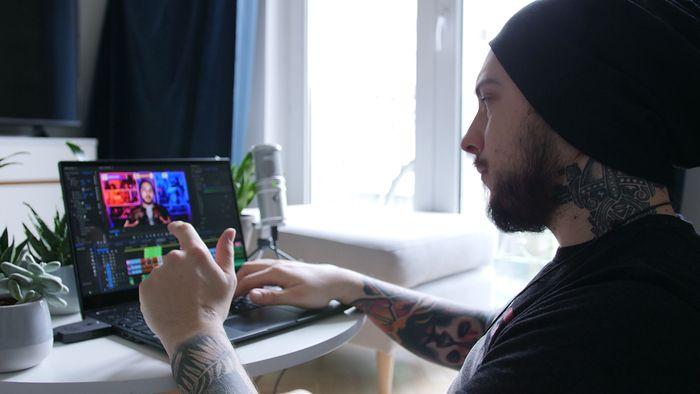 Andrzej Mazuruk to wielki fan i propagator tatuażu.