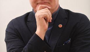 Dr Paweł Grzesiowski uważa, że szczepionka będzie dostępna za rok