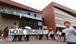 Studenci zawieszają protest. Będzie kontynuowany w nowej formie
