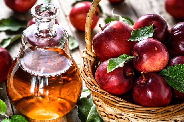 """Ocet jabłkowy jest zaliczany do """"żywności funkcjonalnej""""."""