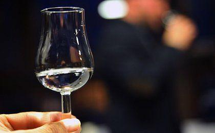 Wódka w proszku trafi do Polski? Wiceminister zdrowia odpowiada