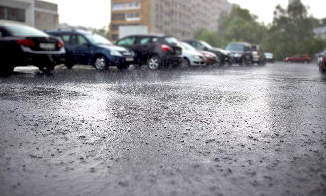 Pogoda na dziś. Deszczowo i pochmurnie w południowej i północnej Polsce. Prognoza pogody na 23.07.2019