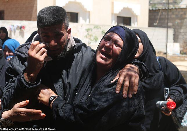Krwawy efekt nalotów na Strefę Gazy.