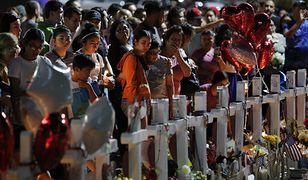 Mieszkańcy El Paso pogrążeni w żałobie po sobotniej strzelaninie