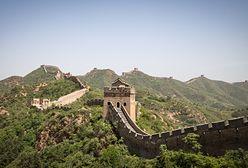 Turystka spadła z Wielkiego Muru Chińskiego. Sfilmowano szokujący moment