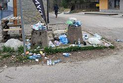 Koronawirus: na szlaki wrócili turyści. Wraz z nimi mnóstwo śmieci