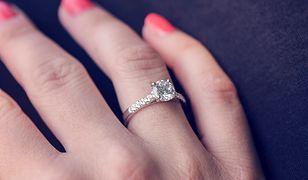 Psycholog radzi: jeśli to ty rzuciłaś, pozwól mu zdecydować, co zrobicie z pierścionkiem.