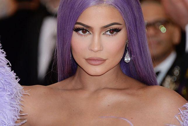 Kylie Jenner wybrała niezwykle ponętny strój na Halloween