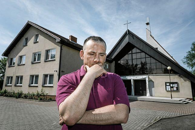 Piotr Adamczak twierdzi, że był molestowany jako ministrant przez proboszcza z Wielkopolski