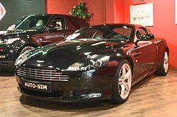 Polacy coraz chętniej wypożyczają luksusowe samochody