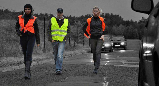 15 tys. pieszych ukaranych za brak odblasków