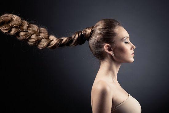 Popularne fryzury z warkoczem
