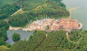 Spór o budowę zamku w Puszczy Noteckiej. Jest reakcja ministerstwa