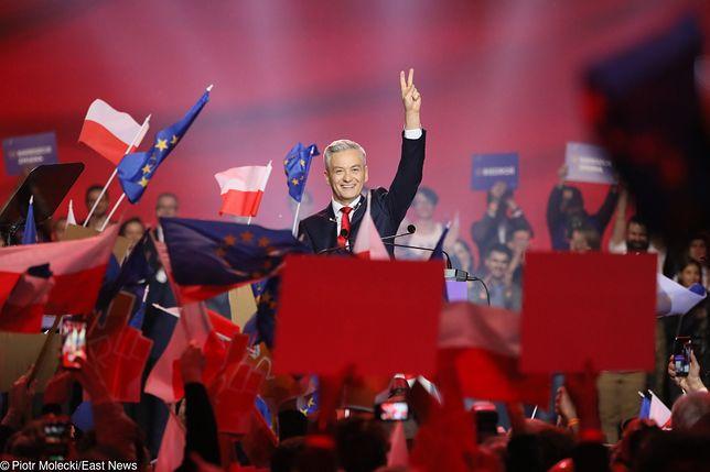 """Makowski: """"Socjalista, liberał, populista. Biedroń na konwencji Wiosny wszystko wszystkim obiecał"""" [OPINIA]"""