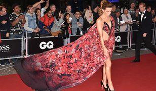 Kate Beckinsale pokazała za dużo. Nieudana stylizacja gwiazdy