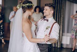 """Millenialsi biorą śluby, mimo że ich znajomych nie stać """"na talerzyk"""""""