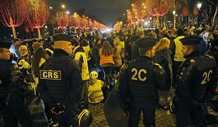 """Protesty """"żółtych kamizelek"""" we Francji trwają od 17 listopada"""