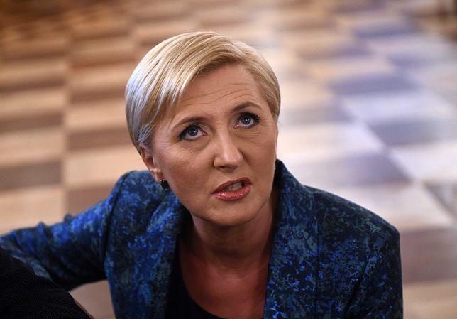 Milczenie Agaty Dudy rozzłościło dziennikarkę, Weronikę Książek