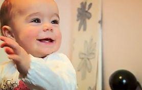 Oko w oko z rakiem. Mała Marcelina walczy o życie (WIDEO)