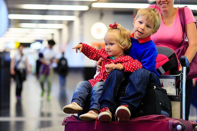 Paszport czy dowód - jaki dokument wybrać dla dziecka?