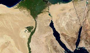 Nil. Najdłuższa rzeka. Źródło życia w pustynnym kraju