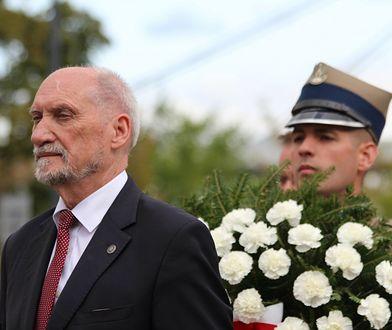 """Antoni Macierewicz sprzeciwił się emisji dokumentu o katastrofie smoleńskiej? """"Nie występowaliśmy przeciwko"""""""