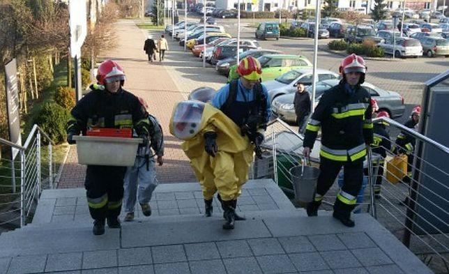 Podejrzane przesyłki w urzędach w Dąbrowie Górniczej i Tychach