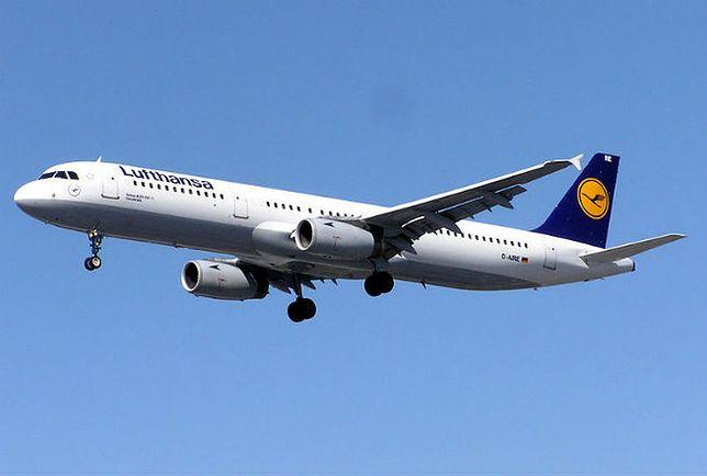 Airbus Lufthansy miał podobne problemy. Podczas lotu zaczął nagle tracić wysokość