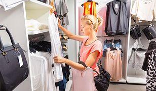 Przymierzanie, dobieranie. Jak kupić szybko odpowiedni strój