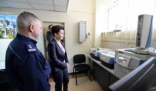 Warszawa walczy z narkotykami. Ponad 3 mln zł na nowy sprzęt dla policji