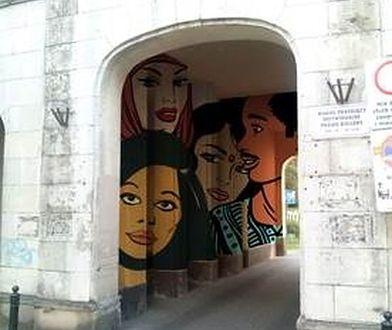 Wielokulturowa Warszawa trafi na mural