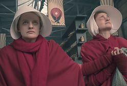 """""""Opowieść podręcznej"""": Elisabeth Moss nie do poznania"""