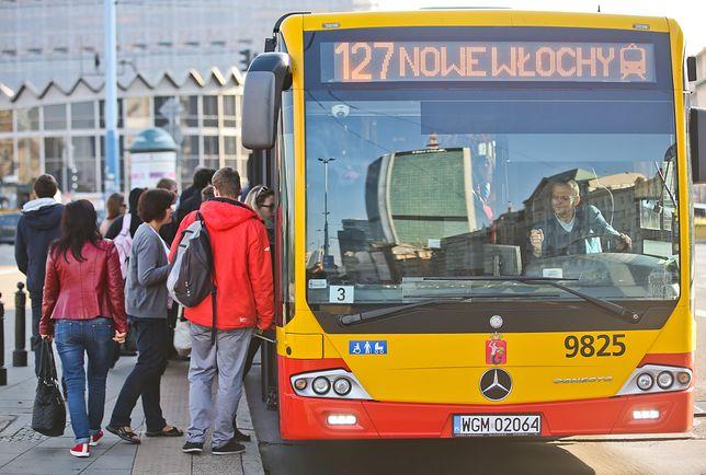 Kierowców i motorniczych brakuje w całej Polsce.