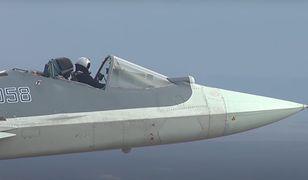 Su-57 bez osłony kabiny