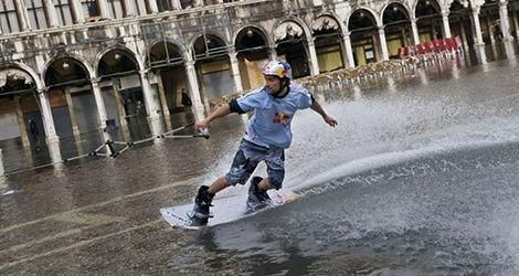 Powodziowy wakeboarding