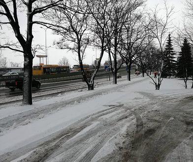 Kierowco zwolnij! Złe warunki w stolicy