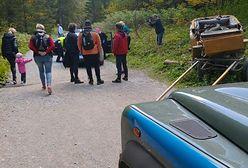 Tatry. Woźnica przewrócił dorożkę z turystami w Dolinie Kościeliskiej