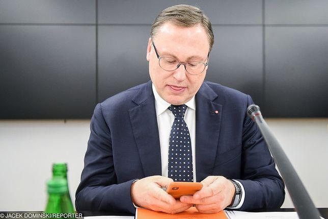 Pierwszym, który wiedział o przekrętach w SKOK Wołomin był senator PiS Grzegorz Bierecki.