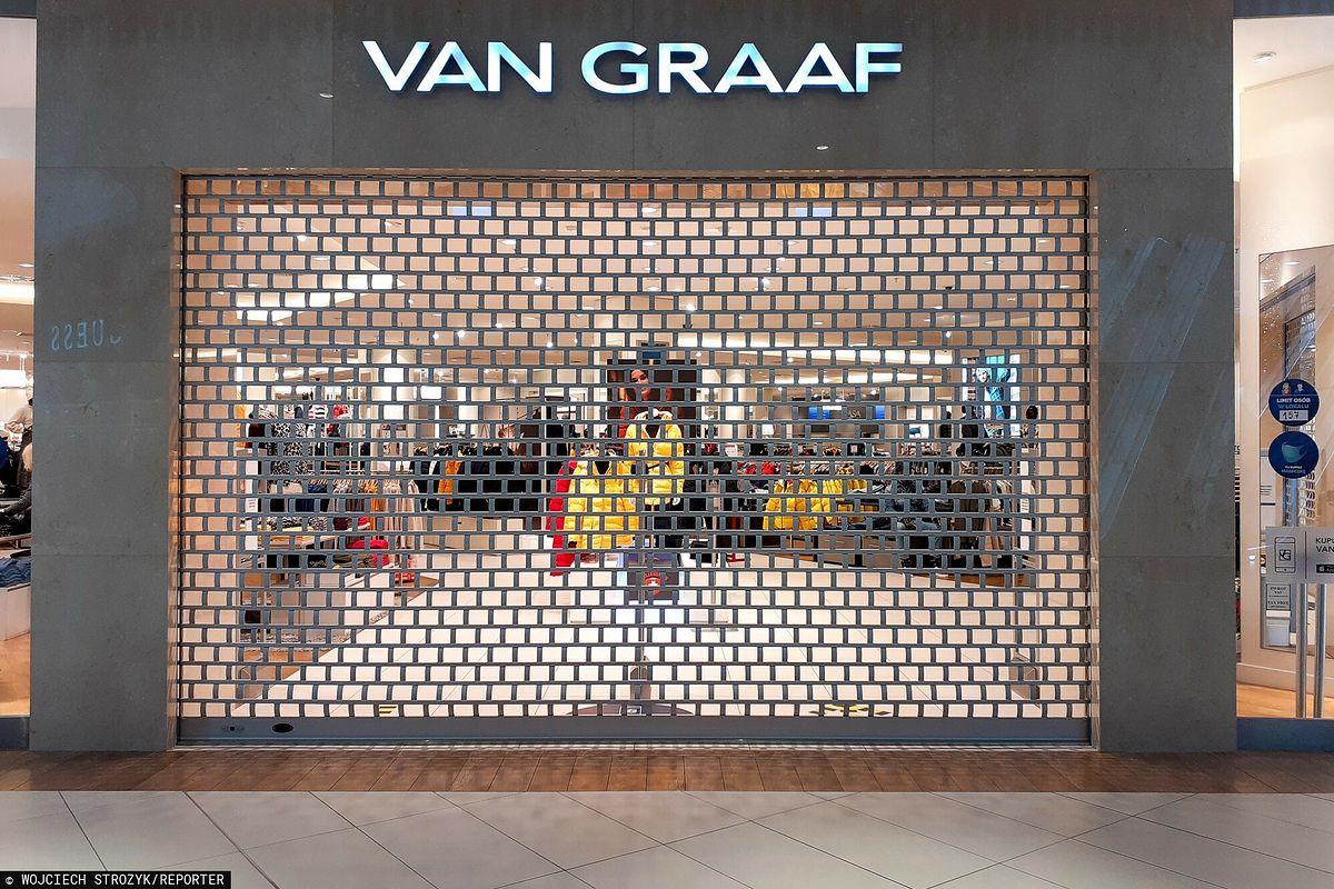 Van Graaf. Jeden z salonów zamknięty z powodu obostrzeń koronawirusowych.