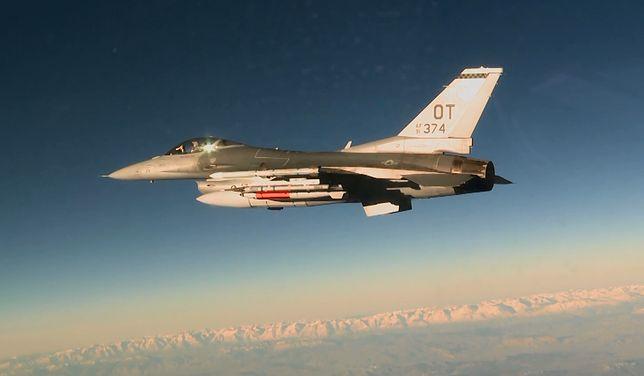 F-16 przeprowadził test z bombą jądrową